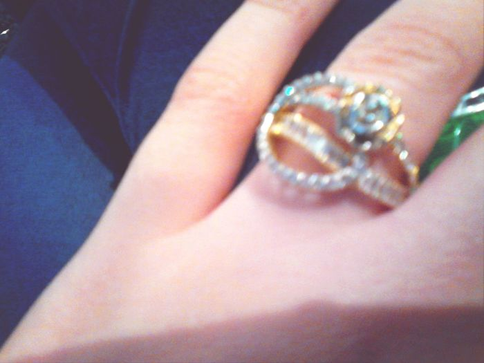 Bad photo quality but the ring is very nice! :)