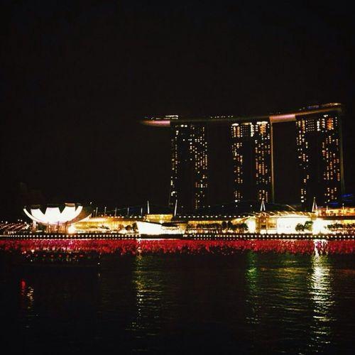 I miss Singapore! Wanna go backkkk ? Marinabaysands Hello World Check This Out Hi!