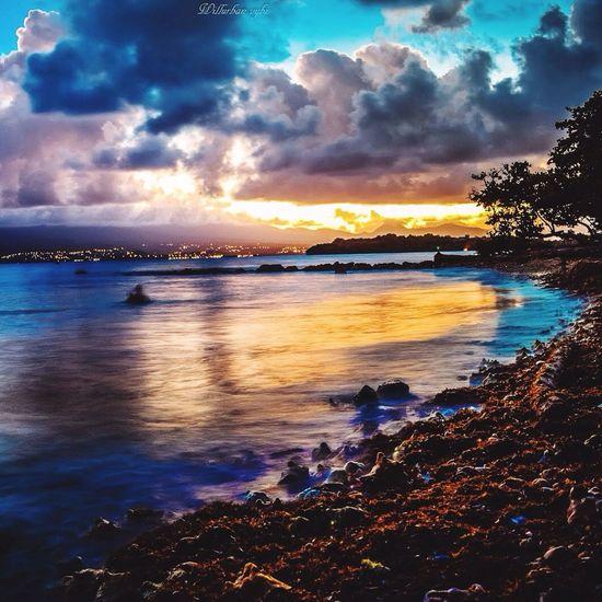 Hello World Sunshine Sunset #sun #clouds #skylovers #sky #nature #beautifulinnature #naturalbeauty #photography #landscape Legosier Guadeloupe Urbanvybz Sunset Caribbean Sun Antilles WestIndies Gwada  971