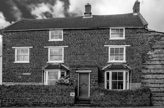 4 Westfield Road, Wellingborough, Northamptonshire Architecture Wellingborough Northamptonshire FUJIFILM X-T10 Black And White Monochrome Architecture