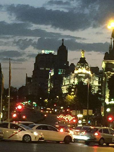 Traffic City Night On The Move Cloud - Sky Madrid Spain IPhone 6 Plus Photohgraphy📱📸 Iphone6 Desde La Plaza De Cibeles Oteo En El Horizonte La Calle Alcalá Y La Gran Vía