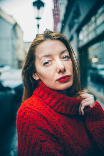 Portrait One Person Young Adult Sweater Clothing Beautiful Woman Young Women Beauty Headshot Looking At Camera Warm Clothing Winter Red Hair Women Adult Focus On Foreground Real People Hairstyle Scarf Turtleneck