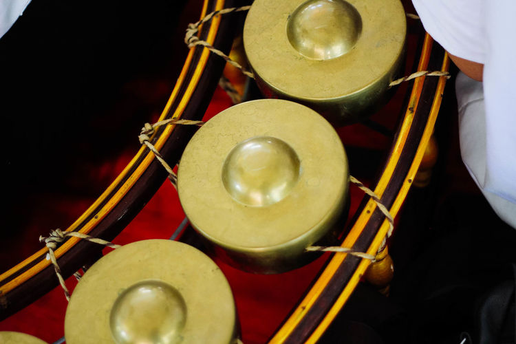 Arts Culture And Entertainment Cymbal Day Drum - Percussion Instrument Drum Kit Drummer Drumstick Human Hand Indoors  Men Music Musical Instrument Musician Noise Occupation One Person People Preparation  Real People Skill
