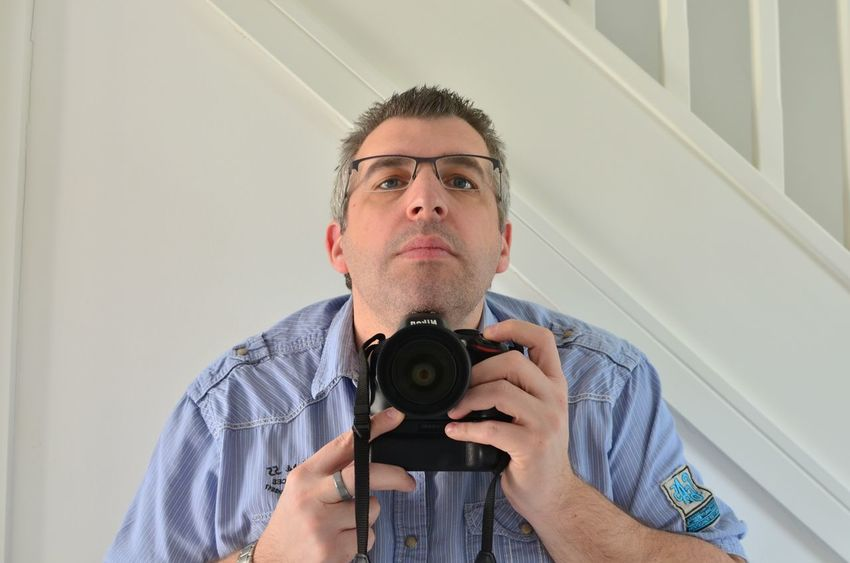 Selfie reflection in mirror ! Close-up Composition Confidence  Front View Individuality Indoors  Looking At Camera Mid Adult Mirror Person Perspective Portrait Real People Reflection