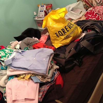 Packing EVERYTHING for college 2 days before i leave.... ProcrastinateAtItsFinest ?Collegelife Freshmen