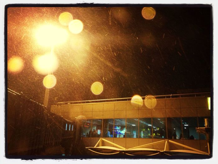 Holy Night~~~ Snowing Night~ F***ing Night!! 니나노~~ Airport Plane