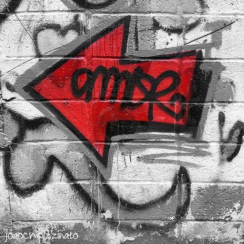 Love Graffiti Graffitiart Art Streetart UrbanART Streetphotography Streetphoto_brasil Foto_blackred Foto_blackwhite Ig_contrast_bnw Amateurs_bnw Bnwmood Bnw_kings Bnw_planet Bnw_captures Top_bnw Bnw_lombardia Instapicten Top_bnw_photo Bnw_life_shots Colorsplash Splashcolors Colorsplash_dr Monumentalsplash