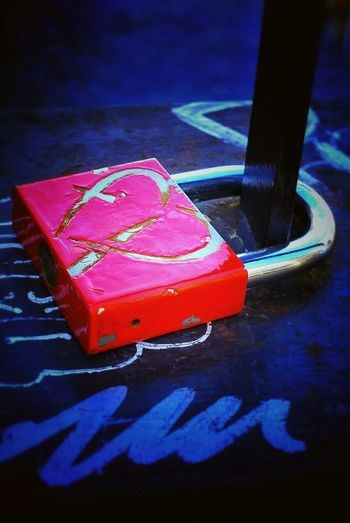 Promises ♡. Love Is In The Air Heartshape Heart ❤ Padlockoflove Red Details And Colors Contrast And Lights