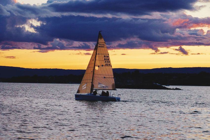 Sailing on the Oslofjord #oslofjord #fjord #norway #Norge #rx100vi #Oslo #sailing Water Sky Nature Waterfront Transportation Beauty In Nature Sea Sunset Cloud - Sky Outdoors Sailboat Sunlight