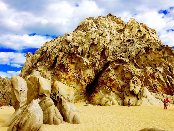 Rocks like whoa Lovers beach Mexico Loversbeach Divorcebeach Beautiful Day Ocean Travel Photography Traveling Rocks Exploring