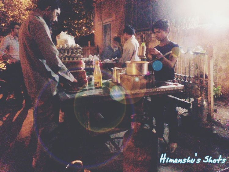 Here Belongs To Me Check This Out Hanging Out Photography Eyeem Collection EyeEm Best Shots Eyeem Market Eyeemphotography EyeEm Gallery Hello World Incredibleindia Incredible India Indian India Hawkerfood Hawker Stall Hawker Food Hawkers Hawker EyeEmNewHere Adapted To The City