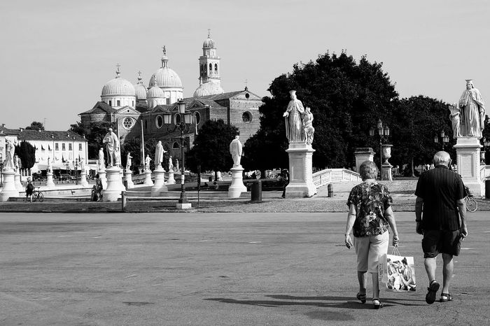 Full Length People Large Group Of People Adult Vacations Child Outdoors King - Royal Person Sky Day Politics And Government Blackandwhite Love Romantic Padua Italy Couple Walk Eternal Love Amore