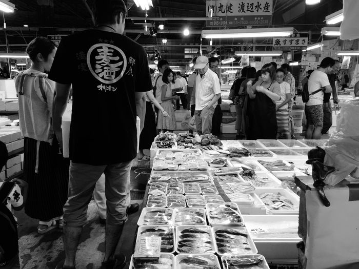 日曜朝市に来た。 Morning Market Fish Market Iphonegraphy