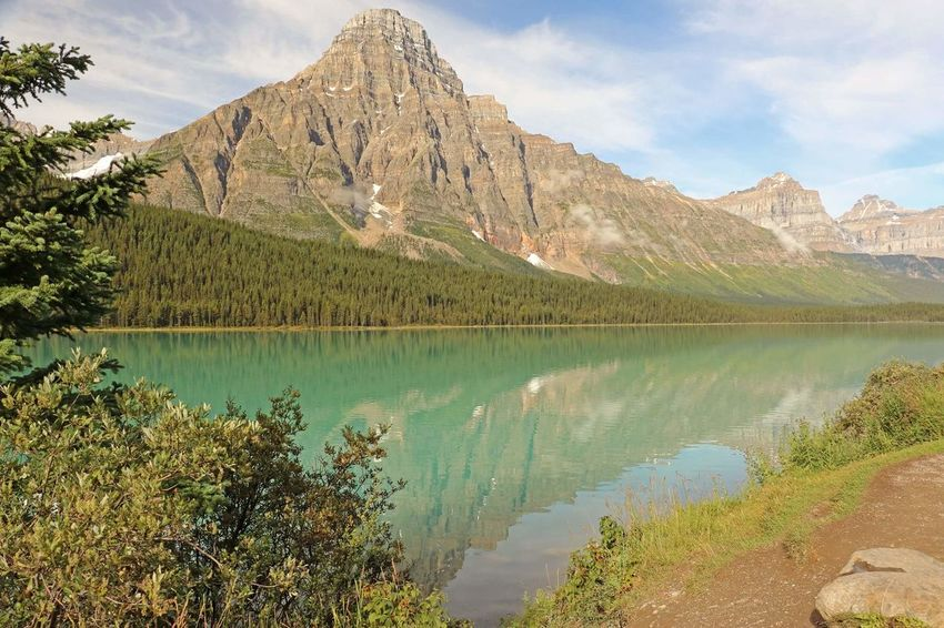 Emerald Lake View Mountains Relaxing Beauty In Nature Hello World Finding New Frontiers