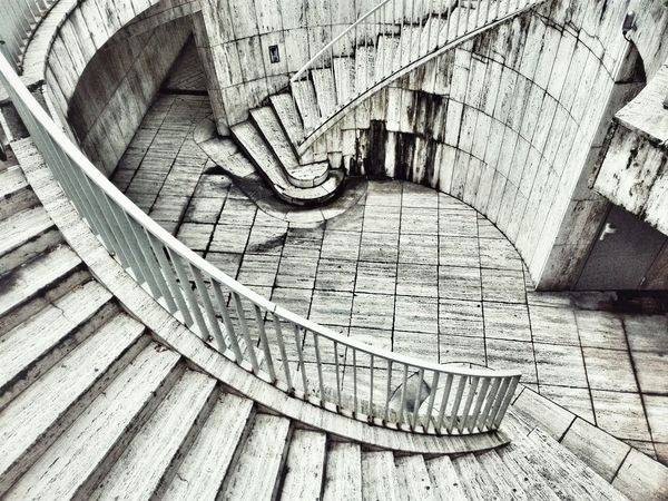 Streetphoto_bw Architecture Architecture_collection Architectural Detail Stairs Stair Steps Spiral Staircase
