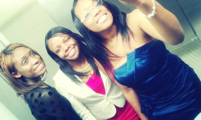 Me and my sistas on Friday :*
