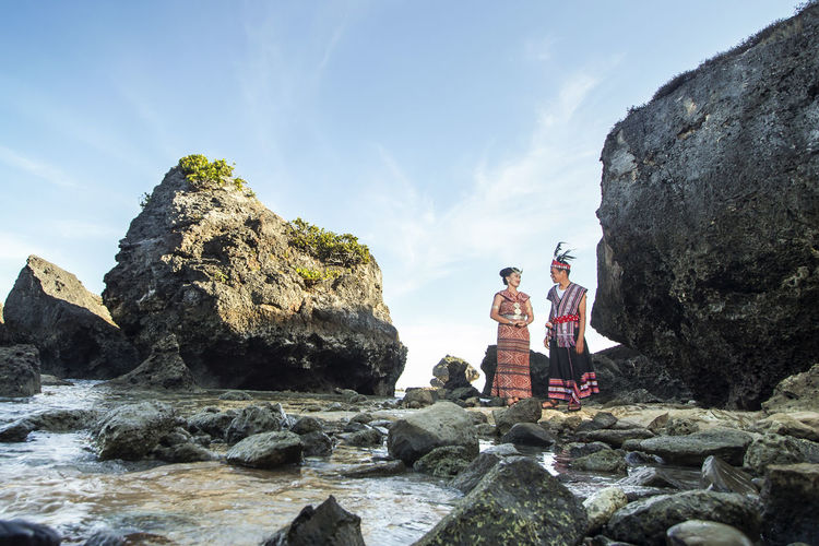 every people have their memory Love Place of cultural wedding with a cultural place Love Vacations Wedding Wedding Photography Couple - Relationship Couple In Love Enjoying Life Wedding Ceremony