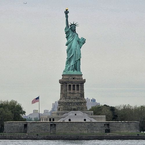 New York City New York Hudson River Liberty Island Statue Of Liberty Statue Travel Destinations Patriotism Freedom Symbol Politics Architecture