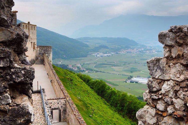 Castel Beseno - Trentino Alto Adige Trentino  Trentino Alto Adige Trentinodavivere Castello Montagna EyeEm Best Shots EyeEm Gallery EyeEm Best Edits EyeEmBestPics EyeEm Best Shots - Landscape