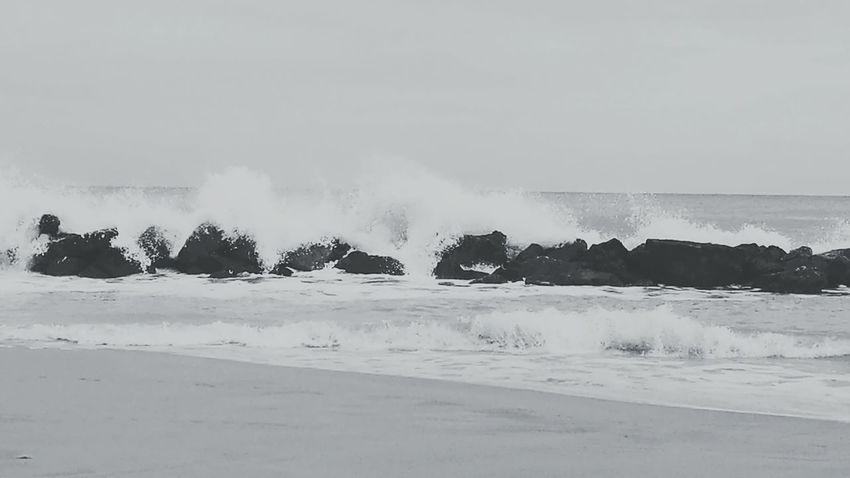 Beauty In Nature Windy Waves Crashing Waves And Rocks Beach Blackandwhite