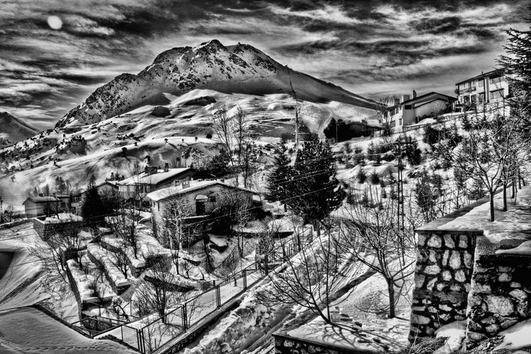 Hdr_Collection Bwn EyeEm Best Edits Bnw