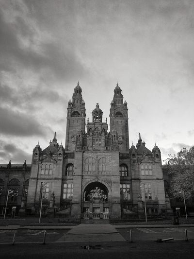 Architecture Built Structure Building Exterior Travel Destinations No People WeekOnEyeEm Kelvingrove Park EyeEm Gallery Blackandwhite Photography Streets Of Glasgow