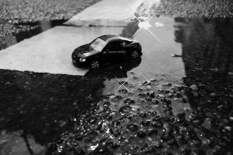 Audi Autoportrait B&W Collection Black & White Black And WhiteFrom Me For Audi Welcome To Black Exceptional Photography Time For Black Reflection Car Photography