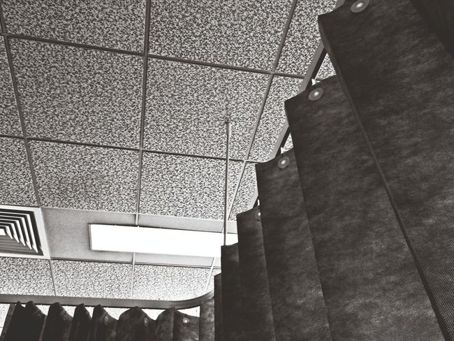 Another day, another op, another hospital happy that was yesterday & all over & done with! Hospital Blackandwhite Abstract Lookingup Hospital Hospital Life No People Black And White Blackandwhite Photography Black & White Monochrome Monochrome Photography Monochromatic Hospital Ward