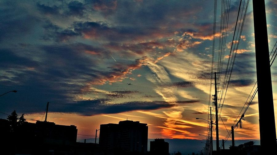 sunset Sunset City Silhouette Dramatic Sky Sky Architecture Building Exterior Cloud - Sky Built Structure Moody Sky Cloudscape