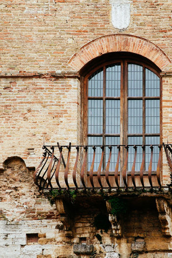 Abandoned Architecture Building Exterior Built Structure Day Italy No People Outdoors San Gimignano Toscana Tuscan Tuscany Window