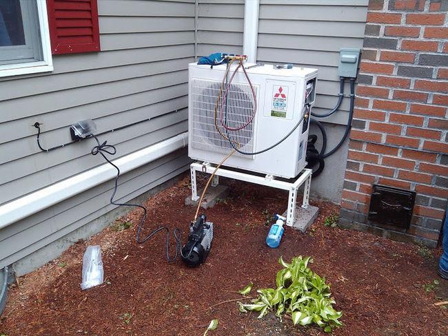 KCR Inc, 875 Waverly St., Framingham, MA 01702, (508) 872-2500, http://www.karpouzis.com/air-conditioning-in-westborough-ma-kcr-inc/