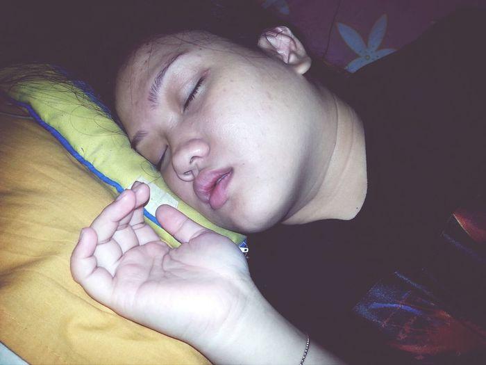 Sleepin Beauty People Fatty Bum Bum