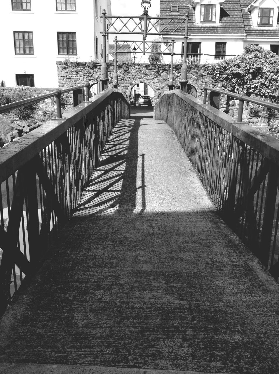 architecture, built structure, building exterior, railing, the way forward, bridge - man made structure, day, city, outdoors, footbridge, no people