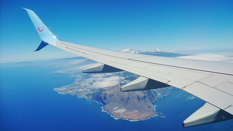 Just before landing in Tenerife back in march. View From An Airplane Flying HighFrom An Airplane Window Plane View Plane Window Blue Sky Blue Travelling Travel Travelling ✈ Sony Xperia Z5 No People