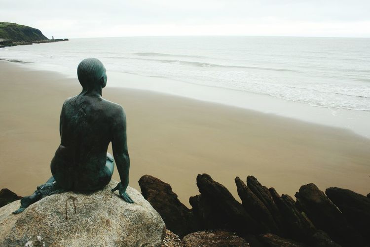 Statues Statue Statue In The City Folkestone Folkestone Harbour Man And Sea Waterman Romantic❤ Sea Sea&romance Rocks And Sea Rocks On The Beach Sand And Rocks Sand And Rock