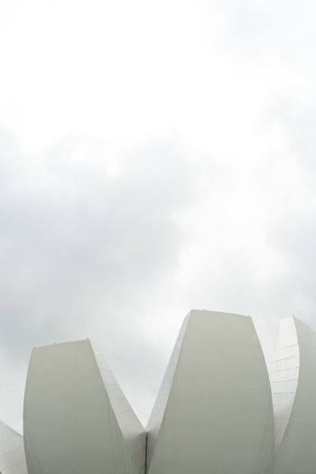 Singapore architecture Outdoors Singapore Architecture Architecture_collection Architecture Photography Architectural Feature Sky Low Angle View No People Day Building Exterior Built Structure Nature Cloud - Sky Building Copy Space City Modern Fog Sunlight High Section White Color Skyscraper Art Science Museum Artsciencemuseum