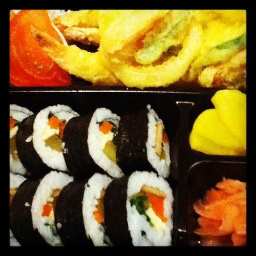 Sushi Food SingareaKuwait