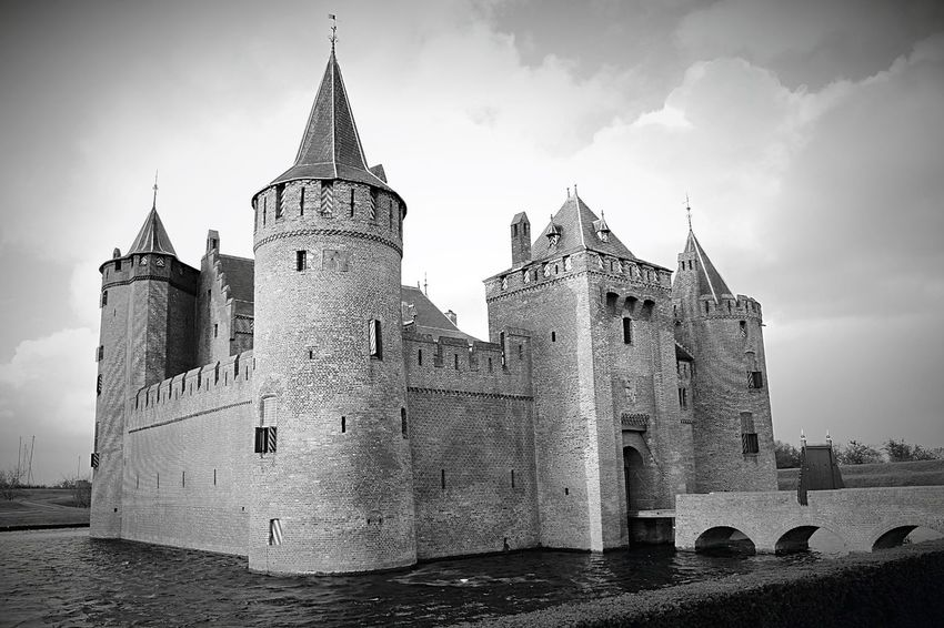 Muiderslot Architecture Building Exterior Built Structure Castle Cloud - Sky Day History Low Angle View Nature No People Outdoors Sky Spirituality Tower Travel Destinations Water