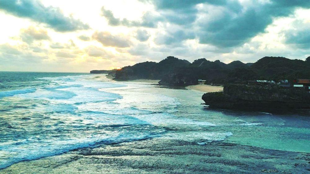 Pantaidrini Yogyakarta Sunset Beachphotography INDONESIA