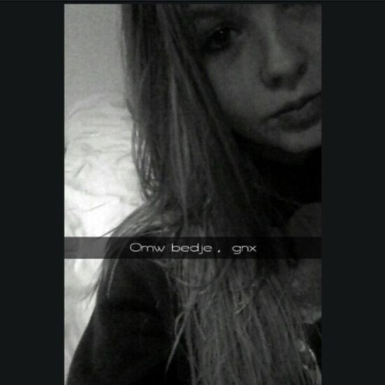 Goodnight ? Addmeonsnapchat Verena -ehv Shower Gnkisses