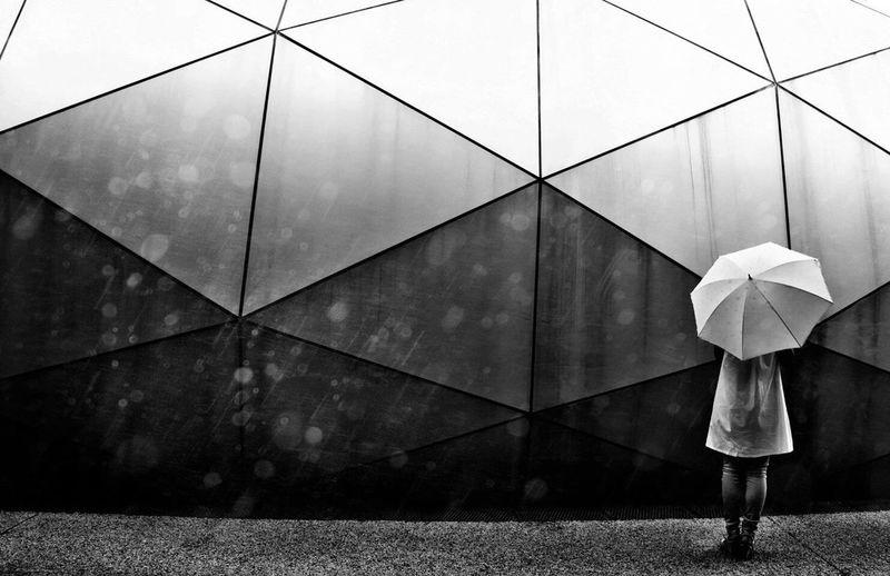 Japanese  Japan Interior Design Alone Umbrella Woman