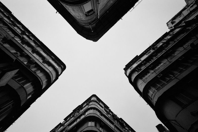 X HongKong Black And White Streetphotography The Art Of Street Photography City History Modern Sky Architecture Building Exterior Built Structure Travel Civilization
