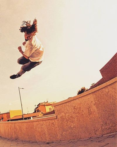 My best spot ever. Old pic from last summer ☺ Can't wait to get in full shape with my ankle and rock HARD at that spot!! Just a few more days!! 💪😍 ___________ Wowtalents Goprohero4 Goprooftheday Passion Photooftheday Amazing Dailyfreerunning Freerunning Hate Anklething Sick Jeans Jumpstagram Picoftheday Bestspot Follow Parkour