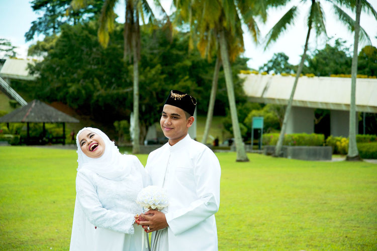 congratulation Happiness Justmarried💑 Outdoors Portrait Togetherness Two People