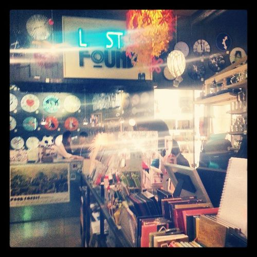 Really Awsome Store Lstandfoud