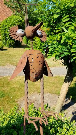 Iron Bird garden deco Day No People Outdoors Animal Themes Nature Close-up Bird Garden Photography Outdoor Photography Garden Decoration