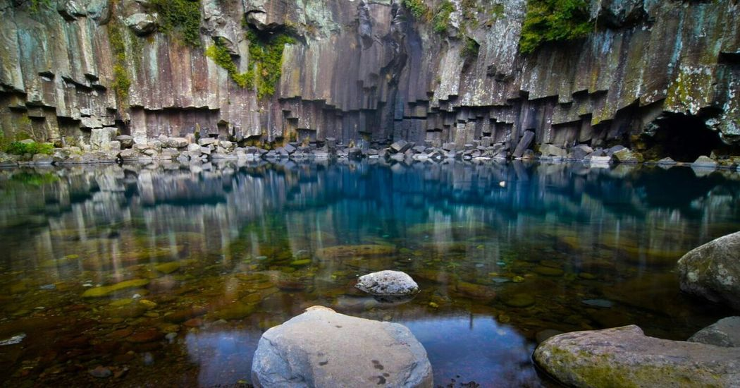No People Water Nature Day Outdoors Korea South Korea National Park Long Exposure Colorful Clear Water Dry Waterfall Cliff Rock Jeju Island Nature Cheonjeyeon Cheonjeyeon Falls Beauty In Nature Travel Destinations Tranquil Scene