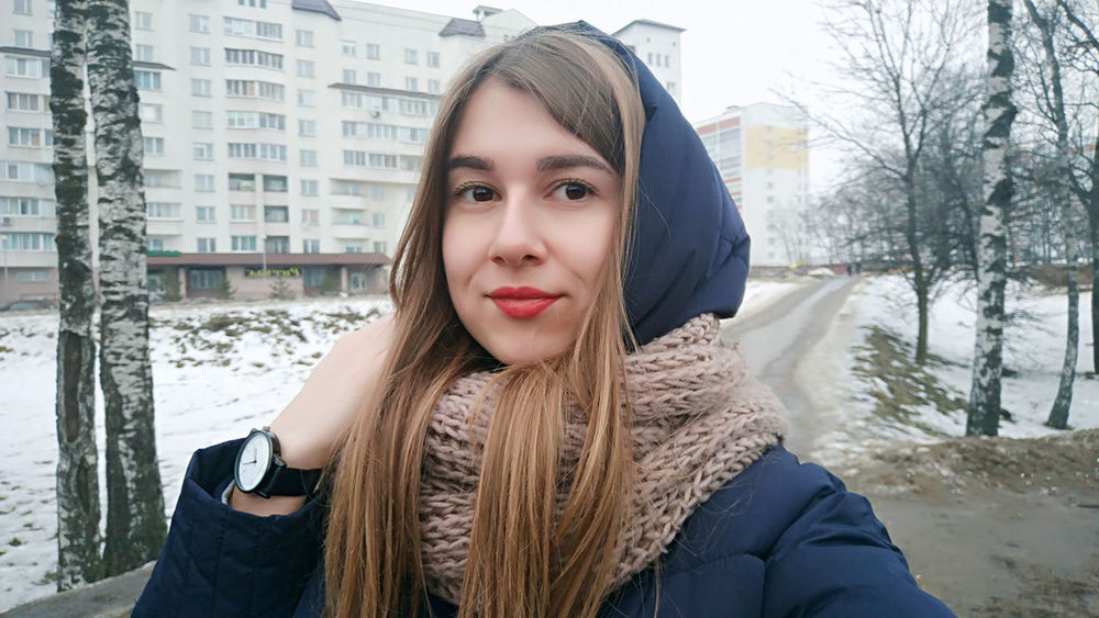 Portrait Only Women Young Adult One Woman Only Headshot Looking At Camera Long Hair Warm Clothing Adult One Person Winter Cold Temperature Beauty Young Women Beautiful People Beautiful Woman People Adults Only City One Young Woman Only