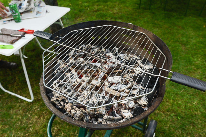 BB BBQ BBQ Time Grilled Chicken Grilling Summertime Barba Barbaque Barbecue Barbecue Grill Burning Coal Day Food Food And Drink Freshness Grid Grill Grilled Heat - Temperature High Angle View Kitchen Utensil Meat Metal Nature No People Outdoors Preparation  Preparing Food Summer