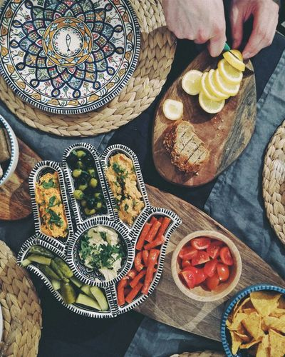 EyeEmNewHere IKEA Hindi Kitchen Kitchen Art Kitchen Art Plates Artistic Photo Artist Foodporn Food Table Potato Fried Food Carpet Starter Colored Pencil Full Frame Served Healthy Food Ready-to-eat Tasty The Still Life Photographer - 2018 EyeEm Awards